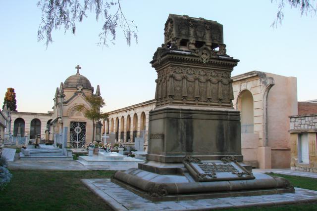 Cementiri de Vilanova i la Geltrú gener 2012 (59)